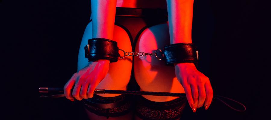 DAN BDSM